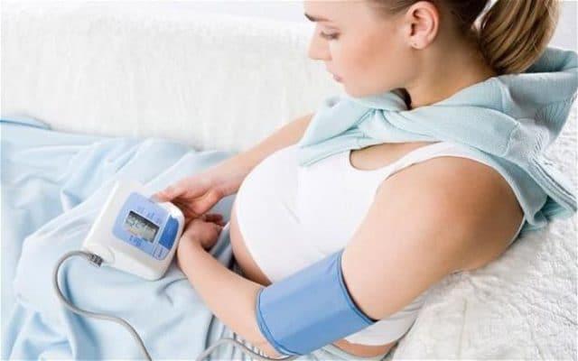 Симптомы повышенного давления при беременности