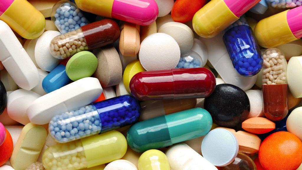 Чтобы понизить или повысить давление можно принять таблетки