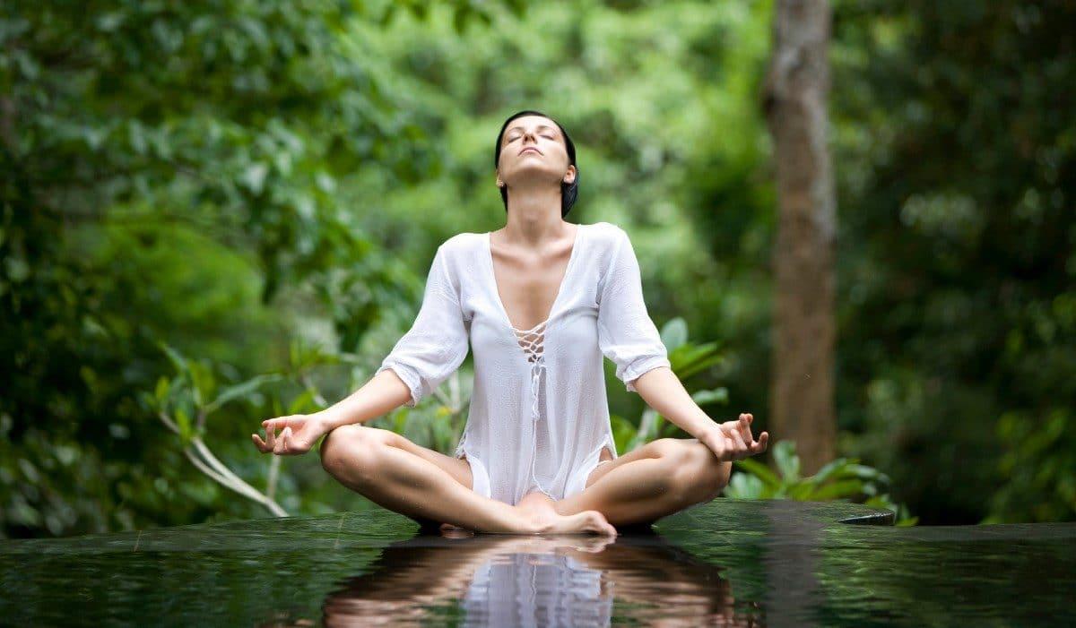 Йога при гипертонии для нормализации давления
