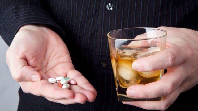 Горячительные напитки нельзя употреблять вместе в антибиотиками