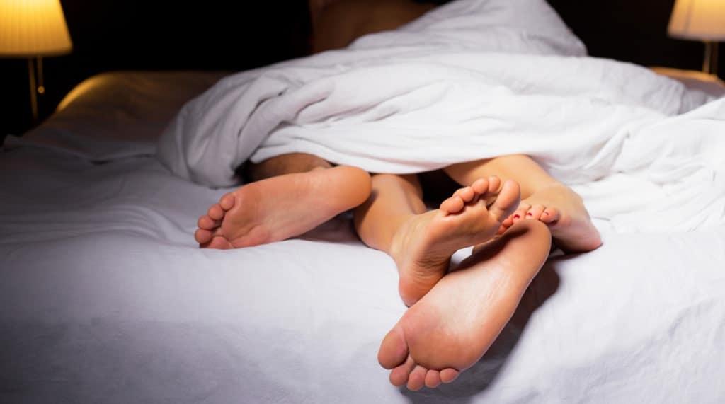 Снятие стресса сексом