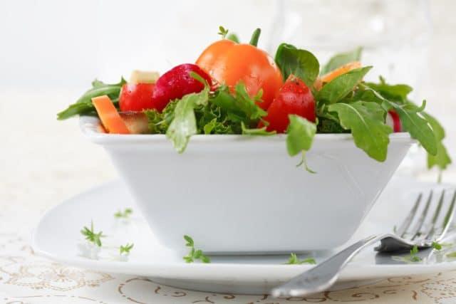Нужно запомнить, что питаться нужно пять-семь раз в день