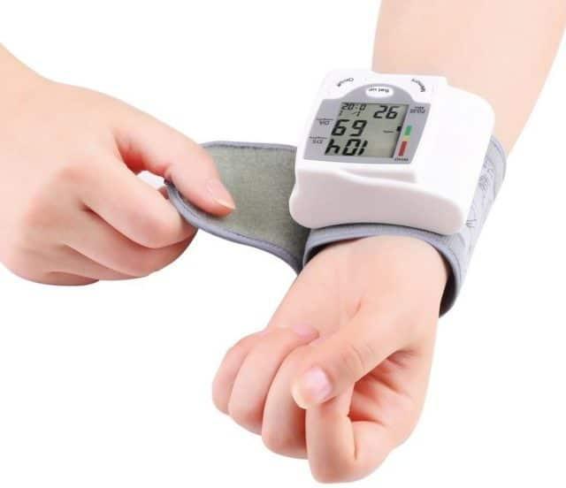 Гипертония становится массовой, по разным подсчетам примерно 25 - 40% человек страдают от этого заболевания