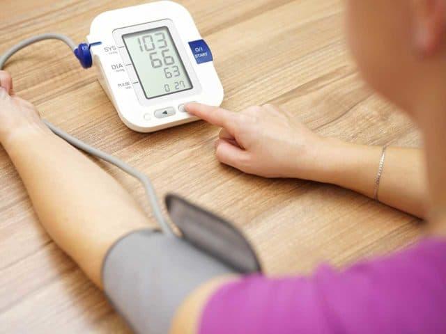 Это позволяет контролировать уровень артериального давления в период тренировок и является отличной профилактикой развития заболеваний сердечно-сосудистой системы