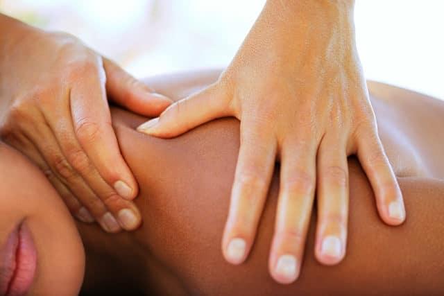 Эти процедуры благоприятно влияют на организм человека, укрепляя его центрально-нервную систему
