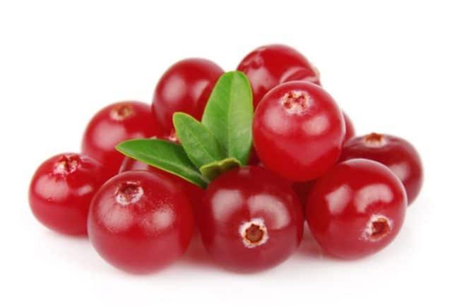 При употреблении кислого продукта из организма человека, в том числе из кровеносной системы, выводятся излишки жидкости