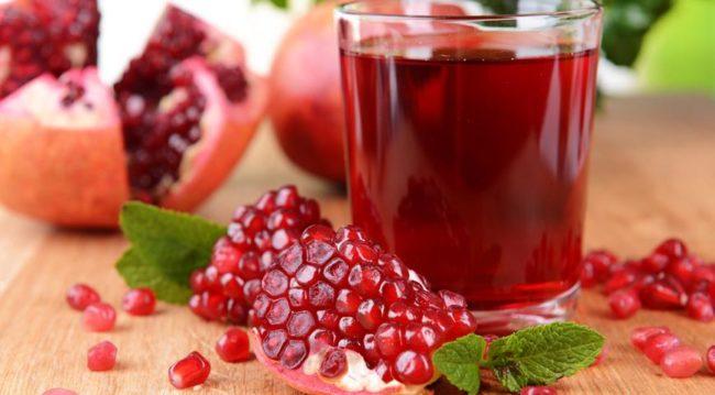 При начальных степенях гипертонии полезные свойства сока позволяют обходиться без медикаментозных средств