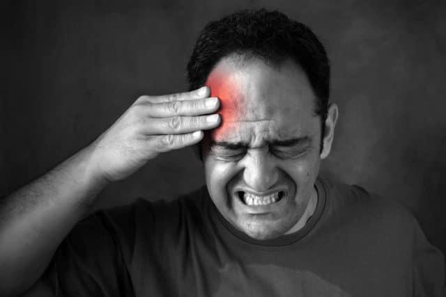 Каждое из действующих веществ «Нолипрела» может оказывать побочные действия на организм
