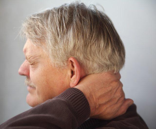 У больных гипертонией характер болей, их локализация, интенсивность и продолжительность зависят от стадии заболевания