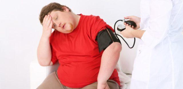 Показатели 130/70 должны насторожить и стать поводом для обращения к врачу