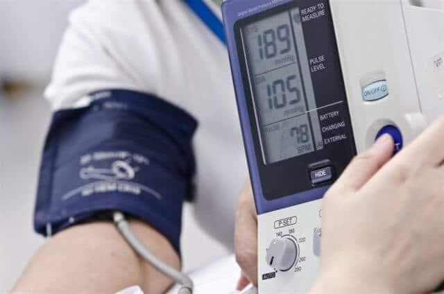 Увеличивается вероятность возникновения инфаркта и инсульта