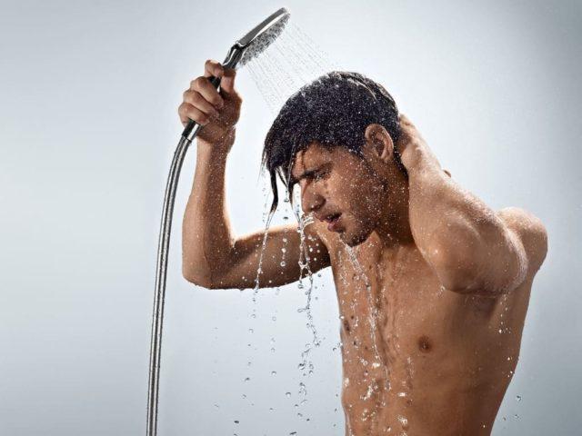 Есть споры по использованию холодной или теплой воды