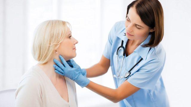 Не рекомендуется самостоятельно проводить лечение пониженного давления в домашних условиях