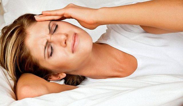 То, что после утреннего пробуждения артериальное давление выше, чем в другое время суток – это факт, но провоцируют такое состояние разные факторы