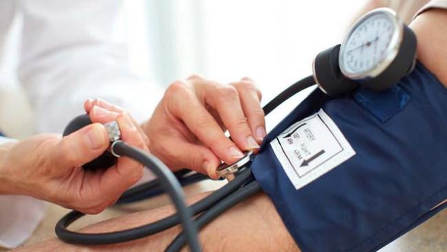 Не следует проводить измерения давления после физических нагрузок или волнения